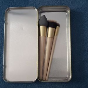 New, Ecotools Brushes and Case